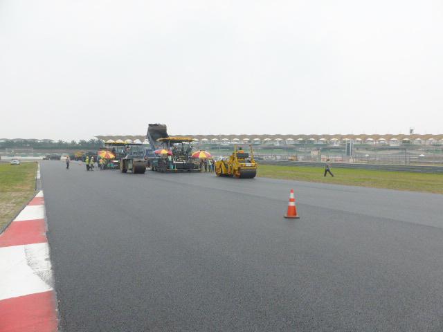 Renovación del pavimento del Circuito Internacional de Sepang